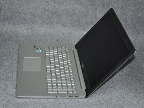 华硕 ZenBook UX501JW U盘装系统win8