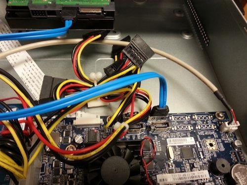 方法一:检查硬盘连接!