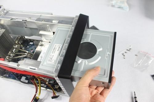 第四步:清理硬盘和光驱!